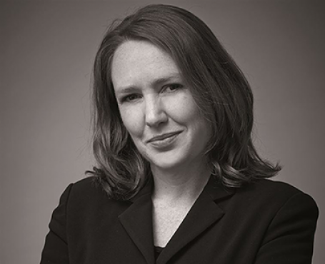 Paula Hawkins http://emonsaudiolibri.it/media/images/portrait/ahpaulahawkin.jpg